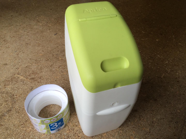 aprica(アップリカ)ゴミ箱