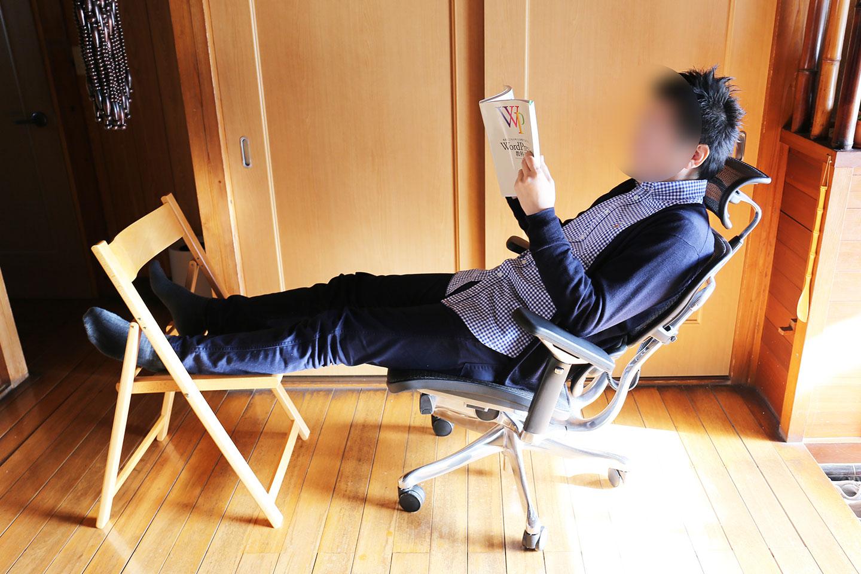 高級オフィスチェア、エルゴヒューマンプロ(Ergohuman Pro )を買ったよ!!最高の座りごこち、昼寝もバッチリ!!