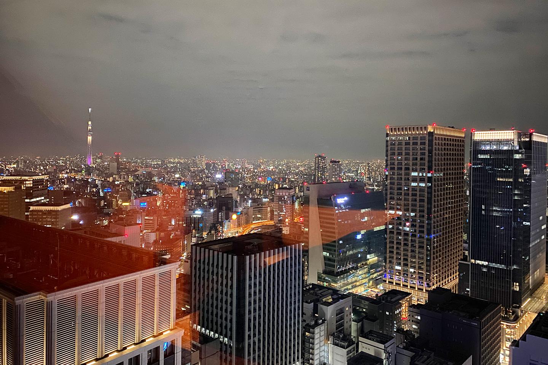 シャングリラ ホテル 東京 夜景